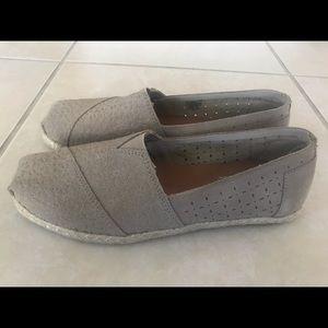 Toms khaki slip-one Women's size 9